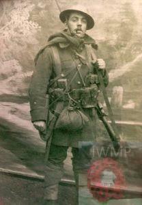 Richmond Ford West >> HOLY TRINITY IPSWICH WW1 & WW2 WAR MEMORIALS - Ipswich War
